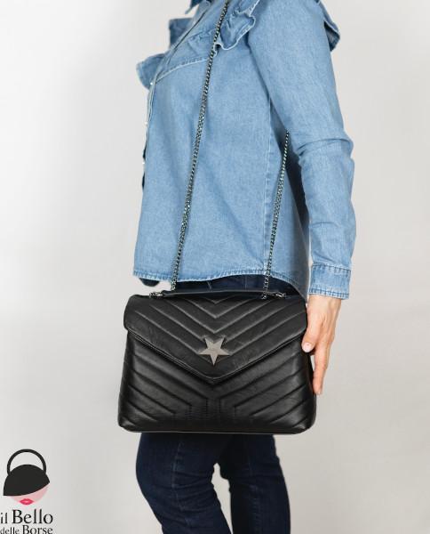 Marianna borsa vera pelle colore nero tracolla.